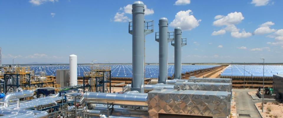 3 befeuerte Erhitzer in einem Solarkraftwerk - 3 fired heaters in a solar power plant