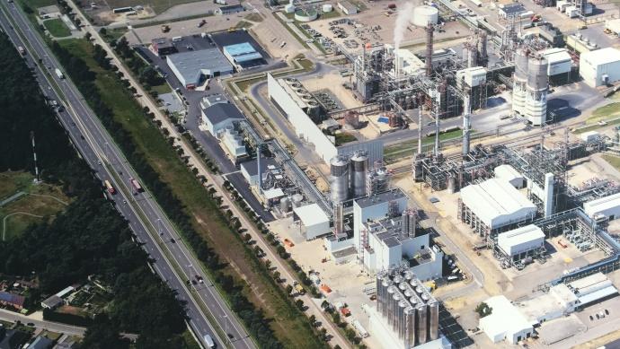 heat 11 beheizt größte PET-Produktionsanlage in Europa