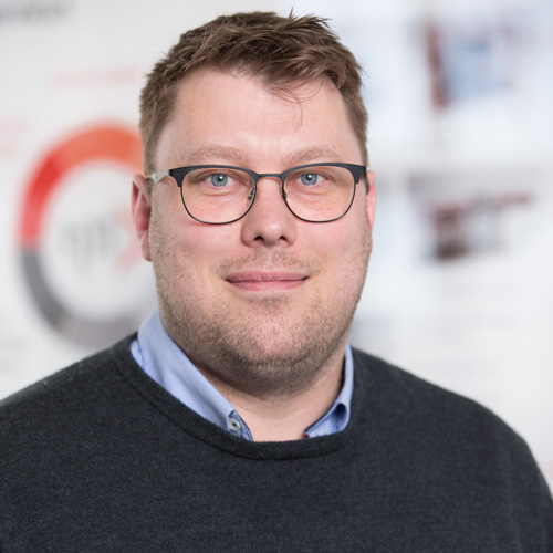 Adriaan de Jong, Leiter der Abteilung Rohrleitungsbau